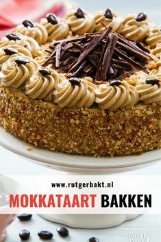 Dutch Recipes, Sweet Recipes, Baking Recipes, No Bake Desserts, Dessert Recipes, Cake Business, Party Cakes, I Love Food, Chocolate Cake