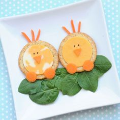 Cute Snack Idea: Cheese and Cracker Chicks