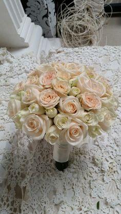 buchet mireasa Table Decorations, Weddings, Furniture, Home Decor, Decoration Home, Room Decor, Home Furnishings, Mariage, Wedding