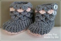 Newborn sized Crocodile Stitch Boots Pattern credit to Bonita Patterns!
