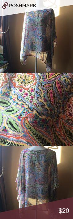 Susan graver style EUC sheer topper Beautiful pastel design sheer topper open arms square design susan graver style. Great over a tank with jeans, capris or shorts. Susan Graver Tops Blouses