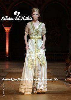 Transparence et pureté du blanc sublimé par les touches de doré. Création de Siham Elhabti, (défilé à Tunis Printemps 2011) Découvrir dautres modèles sur Tenues Traditionnelles Marocaines