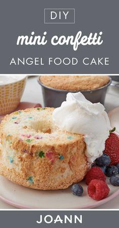 How To Make Mini Confetti Angel Food Cakes Baking Recipes, Cake Recipes, Dessert Recipes, Food Cakes, Mini Desserts, Easy Desserts, Delicious Deserts, Yummy Food, Mini Cakes