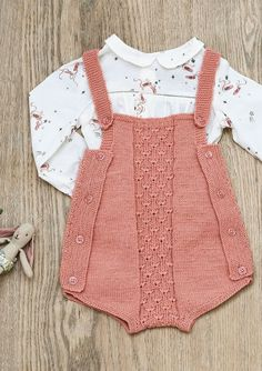 Diy Crafts - Baby overall Crochet For Boys, Knitting For Kids, Crochet Baby, Knitted Baby Clothes, Knitted Romper, Baby Dress Patterns, Baby Knitting Patterns, Knitting Ideas, Baby Outfits