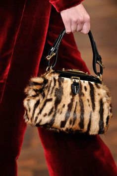 ✪ Ralph Lauren - Ready-to-Wear - Fall-Winter 2012-2013 Animal Print Bag ✪ http://kate-laurie.livejournal.com/107270.html