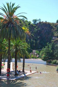 Parc de la Creueta del Coll es na alternativa refrescante y a buen precio en Barcelona para pasar un gran día con tu familia y tu tribu