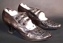 """Shoes made in 1905. The description reads: """"Edwardian Black Leather Jet Beaded Button Strap Evening Shoes."""" Loooove these! Very Downton Abbey, don't you think? #DowntonAbbey #shoes"""