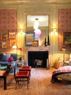 Alexa Hampton's siting room for the 2014 Kips Bay Decorator Show House in NY. From Habitually Chic (1 May 2014). Irish matting on the floor is by Crosby Street Studio.