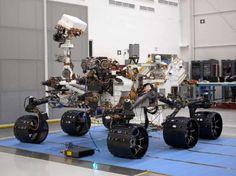 Il Mars Science Laboratory (MSL), nominato Curiosity, è un rover NASA, lanciato il 26 novembre 2011[1], che effettuerà un atterraggio di precisione su Marte nell'agosto del 2012. La durata della missione è prevista in almeno un anno marziano (circa 2 anni terrestri) e lo scopo sarà quello di investigare sulla passata e presente capacità di Marte di sostenere la vita.