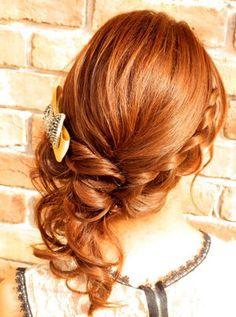 編み込みサイドがかわいい♡結婚式お呼ばれのヘアアレンジ♪ロングヘア列席者さんの髪型参考一覧♡