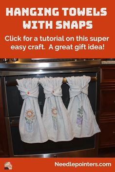 Learn how to make any hand towel into a hanging towel by adding Kam snaps. This is a simple no sewing required way to convert a towel so it will hang and not fall on the floor. lernen video Hanging Hand Towels with Snaps Kitchen Towels Hanging, Kitchen Hand Towels, Hanging Towels, Diy Hanging, Diy Kitchen Projects, Easy Sewing Projects, Sewing Projects For Beginners, Sewing Tutorials, Weaving Projects