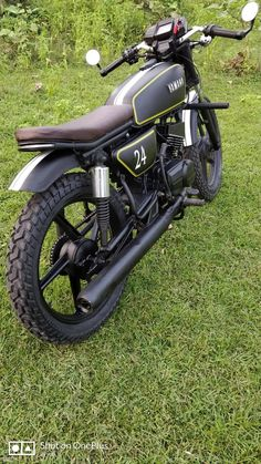 Top 10 Modified Yamaha RX 100 Motorcycles in India – Car Collection Yamaha Rx 135, Yamaha Motorcycles, Bike India, India India, Motorcycles In India, Bullet Bike Royal Enfield, Royal Enfield Modified, Indian Road, Headlight Covers