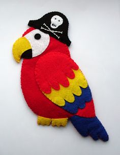 felt parrot.. Every pirate needs a Polly :)