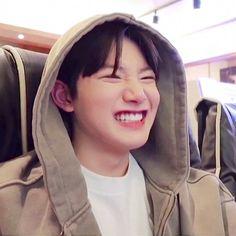 Yoshi, Yg Entertaiment, Baby Koala, Baby Boy, Nct Yuta, Hanbin, Kpop, Treasure Boxes, Cute Icons