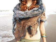 Oceanic Blue Desert Textured Nuno Felt Chiffon Silk par feltyouup, $279,00