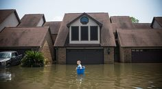 09/03/2017 - Harvey clean-up could cost $120bn - Texas governor (PHOTOS)