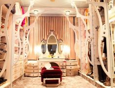 10 Best Ideas For Decorating Your Dressing Room