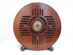 "VINTAGE 1930s OLD MID CENTURY DETROLA "" BLUEBIRD "" RADIO & 1 OUTSTANDING CABINET"
