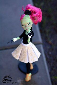 Custom MH Dolls Monster High Repaint, Monster High Dolls, Ooak Dolls, Art Dolls, Monster High Custom, Doll Repaint, Doll Stuff, Custom Dolls, True Beauty