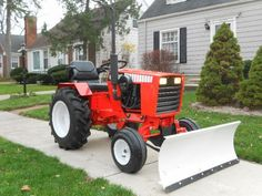 "This is a nice case The Fully ""Restored"" Case 444 - Case / Ingersoll - Gallery - Garden Tractor Talk - Garden Tractor Forums Yard Tractors, Small Tractors, Compact Tractors, Antique Tractors, Vintage Tractors, Garden Tractor Pulling, Small Garden Tractor, Tractor Attachments, Lawn Equipment"