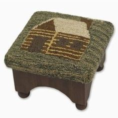 hooked cabin footstool | Rustic Home Decor