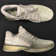 "28018727f658 哈登的潮鞋!adidas Harden Vol. 1 ""Cargo"" 实物曝光-体育频道-手机搜狐"
