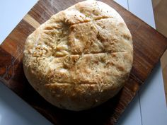 Focaccia, airy Italian bread. Italian Bread, Baking Recipes, Shake, Meals, How To Make, Food, Cooking Recipes, Meal, Hoods