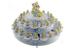 38 Slice favour cake with blue puppy and kitten keyrings filled with confetti - sweets. great favour cake for the birth or Baptism of a baby boy. http://www.bombonierashop.com/en/department/5/Birth-and-Baptisms.html