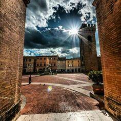 #Recanati #Macerata Piazza Leopardi