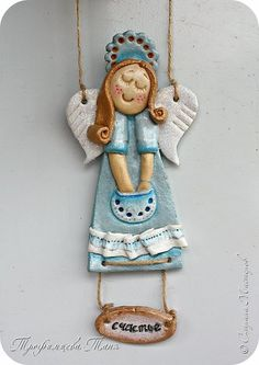 Polymer Clay Dolls, Polymer Clay Projects, Clay Crafts, Felt Crafts, Diy And Crafts, Christmas Mugs, Christmas Ornaments, Clay Angel, Salt Dough