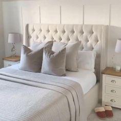 Room Ideas Bedroom, Master Bedroom Design, Bedroom Colors, Home Decor Bedroom, Interior Design Living Room, Sofa In Bedroom, Light Bedroom, Master Bedroom Makeover, Bedroom Makeovers