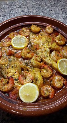 Gamba's tajine Easy Fish Recipes, Baked Chicken Recipes, Healthy Meals For Two, Healthy Recipes, Tagine, Tajin Recipes, Morrocan Food, Western Food, Healthy Slow Cooker