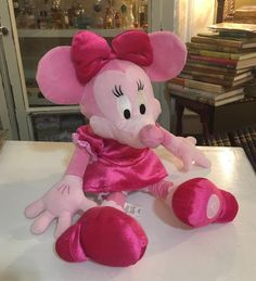 "18"" Large Pink Disney Store MINNIE MOUSE Plush Doll Stuffed Animal Toy 