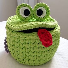 Marvelous Crochet A Shell Stitch Purse Bag Ideas. Wonderful Crochet A Shell Stitch Purse Bag Ideas. Crochet Frog, Crochet Sheep, Crochet Basket Pattern, Knit Basket, Crochet Home, Crochet Crafts, Crochet Dolls, Crochet Yarn, Crochet Stitches