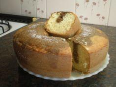 El mejor bizcochuelo casero, común y marmolado - Taringa! Vegan Recipes Easy, My Recipes, Cake Recipes, Cake Cookies, Cupcake Cakes, Pan Dulce, Pastry Recipes, Cookies And Cream, Bakery