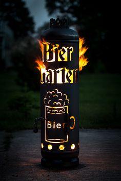Holen Sie sich ein Stück Biergarten nach Hause. Das geht ganz einfach mit dieser Feuerstelle.