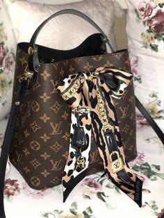 c8c393149322 Louis Vuiton Neo Noe + bondeau Leogram BB  Louisvuittonhandbags Louis  Vuitton Handbags