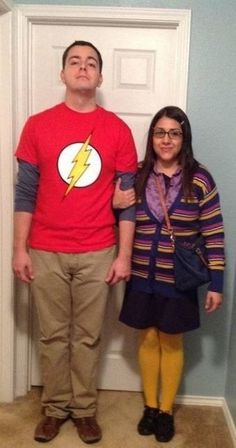 Halloween Costumes for Couples Sheldon and Amy from Big Bang Theory Halloween Costume More from my site The Couples Halloween Costume Ideas That Will Go Down In History – 14 Affordable & Cute DIY Halloween Costumes for Couples Halloween 2018, Original Halloween Costumes, Easy Couples Costumes, Unique Couple Halloween Costumes, Funny Couple Halloween Costumes, Creative Halloween Costumes, Diy Halloween, Halloween Couples, Diy Costumes