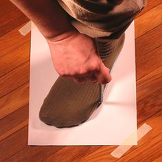 Do You Know Your Shoe Size? Here's How to Find it Easily at Home: Tracing Your Feet