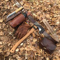 Survival Helpful Strategies For bushcraft gear wilderness knives Bushcraft Skills, Bushcraft Gear, Bushcraft Camping, Camping Survival, Outdoor Survival, Camping Hacks, Camping Gear, Outdoor Camping, Outdoor Gear