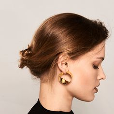 gold earrings by p d paola Gold Statement Earrings, Silver Earrings, Jewelry Accessories, Jewelry Design, Gold Models, So Creative, Diamond Are A Girls Best Friend, Body Types, Jewelery