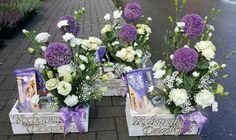 Aga, Weeding, Flower Arrangements, Floral Wreath, Parents, Wreaths, Table Decorations, Birthday, Flowers