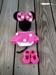 Instant Download PDF Crochet Mouse Outfit by Knitsnbloomsdesigns
