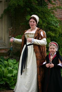 Tudor gentlewoman and child