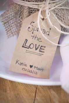Handmade DIY Wedding Favour Tags    www.WeddingGirl.ca