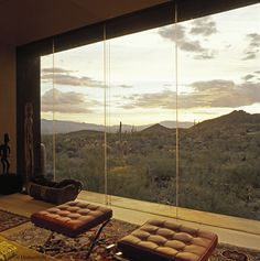 Home overlooking the desert