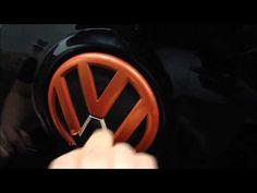 Sprühfolie Tuning mibenco Flüssiggummi von VW Emblem entfernen / remove mibenco liquid rubber from VW emblem
