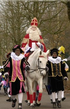 """Sinterklaas - THis wonderful tradition needs to stay. It's part of my childhood memories. There's nothing """"racist"""" about it."""