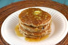 Is it ever too early for a little bit of rum? Nah. Banana Rum Steel Cut Oat Pancakes. Banana Oat Pancakes, Pancakes And Waffles, Vegan Pancakes, Buttermilk Pancakes, Breakfast Pancakes, Vegan Breakfast, Breakfast Recipes, Brunch Recipes, Breakfast Items