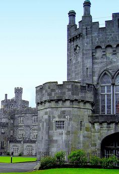 Ireland, Kilkenny Castle. How I want to go back!